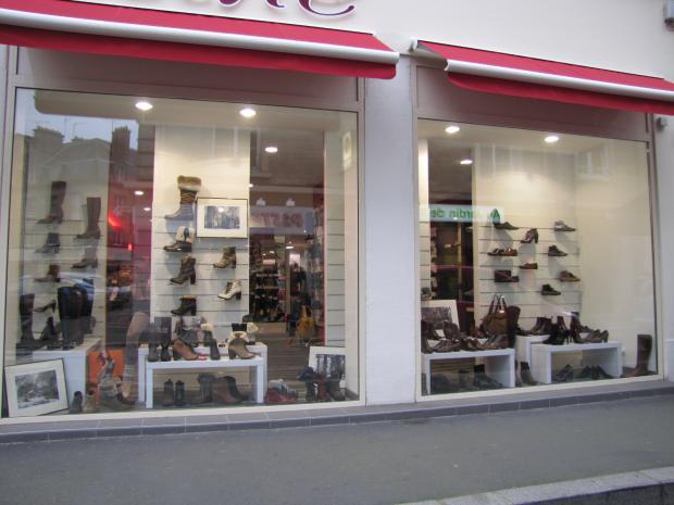 vitrine-valentine-chaussures